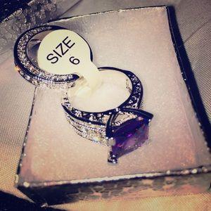 Jewelry - 💜New Silver tone Princess cut ring size (6) 💜